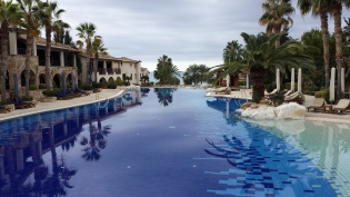 Infinity/beach pool looking out to the Mediterranean