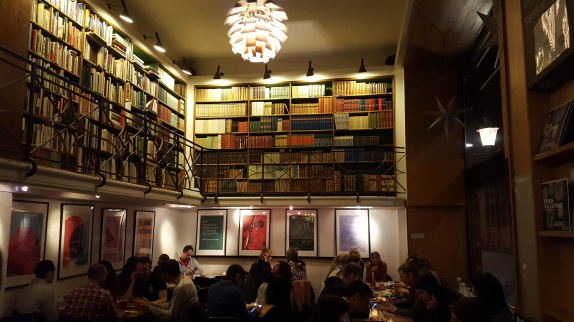 Bookstore + restaurant = win!