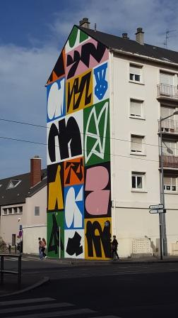 Caen building mural