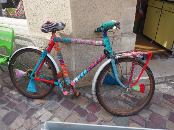 yarn bike in bayeux