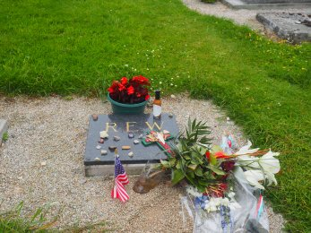 Angoville-au-Plain grave Normandy France